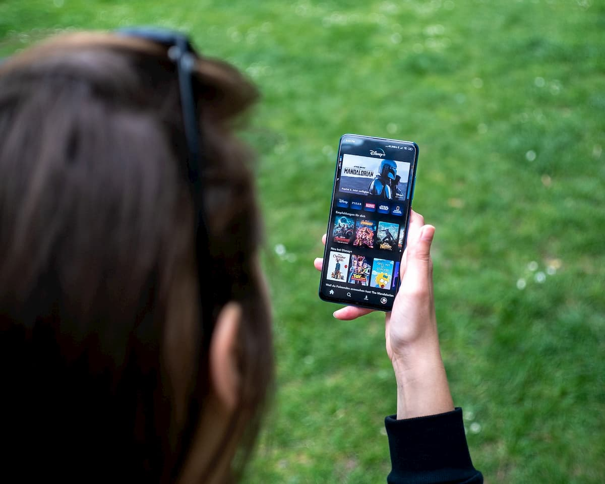 コロナの影響により東南アジアのモバイルビデオストリーミング視聴時間が急増