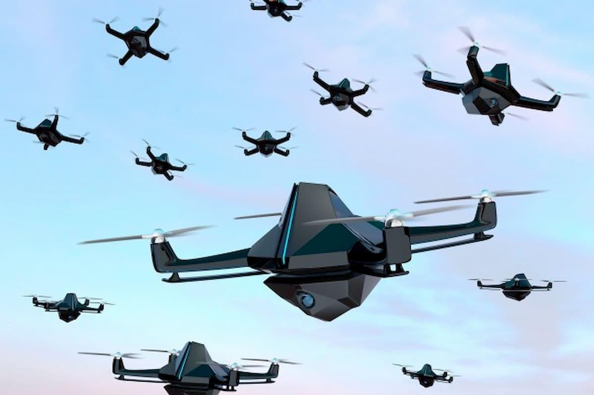 米陸軍、階層的強化学習でドローン兵器群の自律性を向上