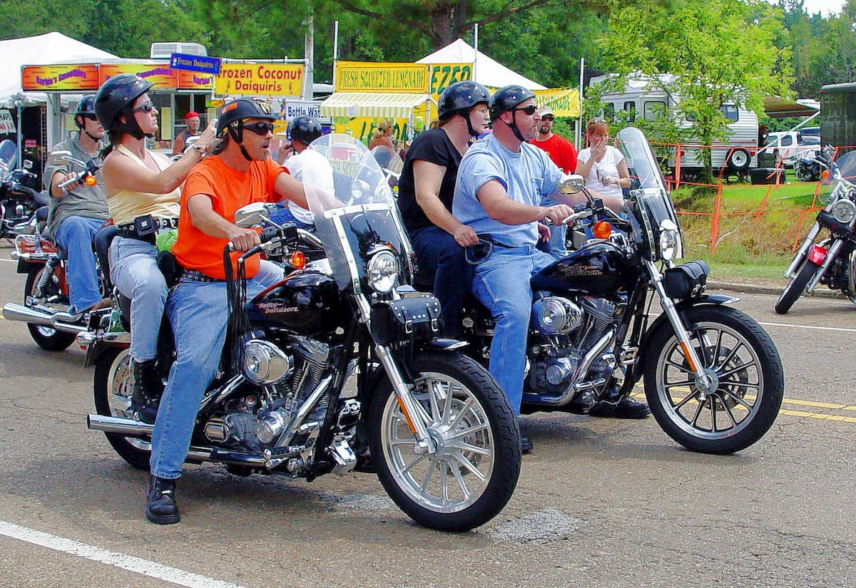 米最大級バイクイベントがコロナを超拡散、推定122億ドルの公衆衛生コスト