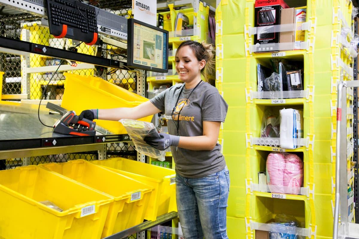 報告書: アマゾンの倉庫作業員監視は規制が必要なレベル