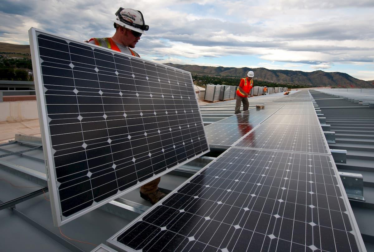 ソーラーパネルは廃棄時にかなり有害なゴミになる